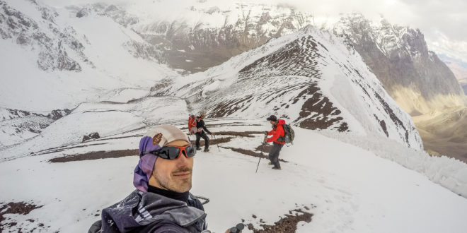 Expedición al Aconcagua del Equipo de Ahonikenk